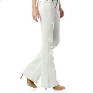 Supercute NWT$99.50 MissMe Mid-Rise FlareJeans